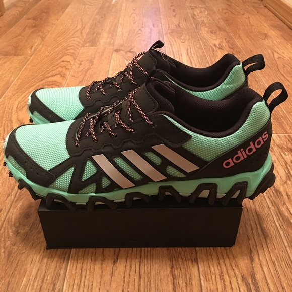 le adidas donne incisione trail runner new poshmark